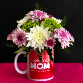 I Love Mom Mug with Flowers